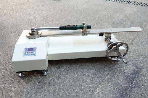 SGNJD型号的扭力扳手检定仪